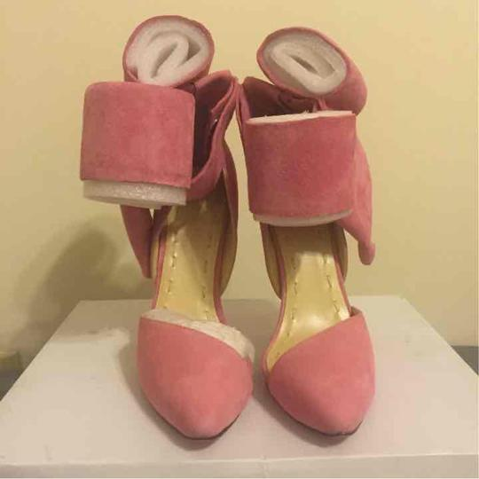 60f3b18e43f Pink Bow Pumps Size US 8 Regular (M