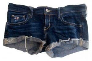 Hollister Dark Wash Low Rise Denim Shorts-Dark Rinse