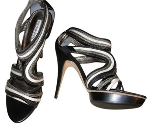 Charles David Yellow Buckle Heel Black and Silver Pumps