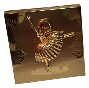 ELGIN AMERICAN ELGIN AMERICAN VINTAGE COMPACT RARE AND HARD TO FIND STYLE 3D BALLERINA WITH REDJEWEL