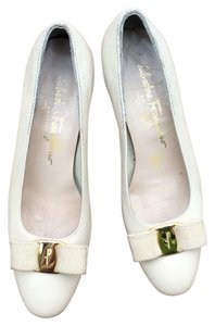 Salvatore Ferragamo Off White Pumps