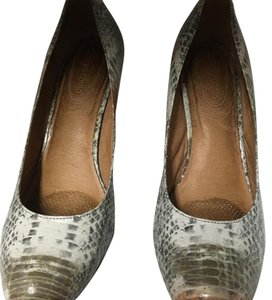 Ballasox by Corso Como Gray Pumps