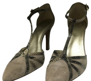 Jessica Simpson Taupe Pumps