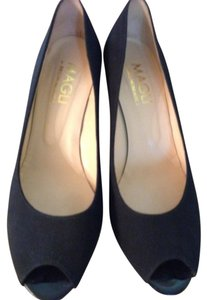 Bruno Magli Shoe Black Fabric Pumps