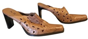 Mia Shoes Brown Mules