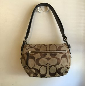 Coach Signature Jacquard Fabric Smoke-free Home Hobo Bag