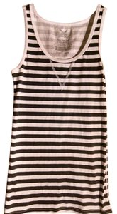 Faded Glory Top Black & White