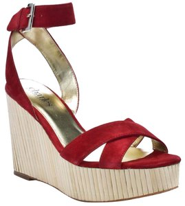 Charles by Charles David Suede Bamboo Size 7.5 Red Wedges