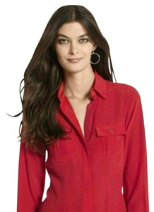 White House | Black Market #silktop #whbm #longsleevetop #buttondowntop Button Down Shirt Red