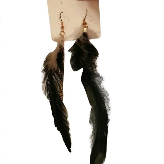 Other Black and gold feather earrings