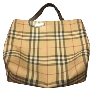 Burberry Tote in Burberry Plaid