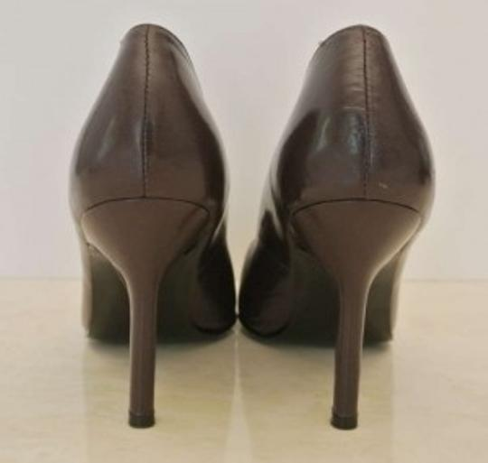 Carlos Falchi Pumps