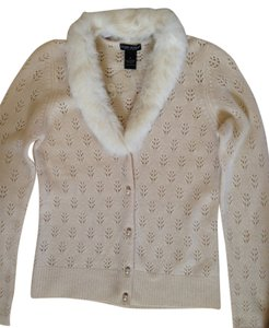 Daniel Bishop Round Pearl Buttons Luxurious Cashmere Removable Fur Collar Sweater