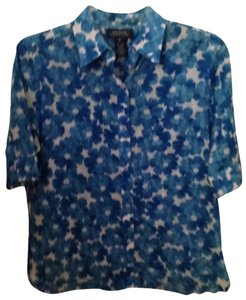 Jones New York Button Down Shirt Blue and White