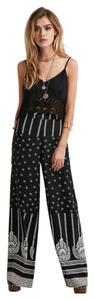 Forever 21 Wide Leg Pants Black & white