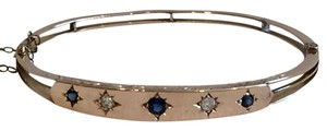 ANTIQUE VINTAGE YELLOW GOLD HINGED BANGLE BRACELET SET WITH SAPPHIRES AND DIAMONDS