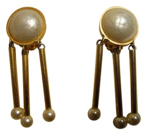 Mary Frost Vintage Mary Frost clip faux pearl dangle