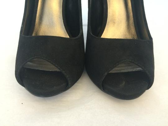 Other Stud Black Pumps