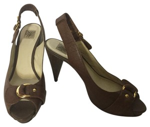 Zara Brown Pumps