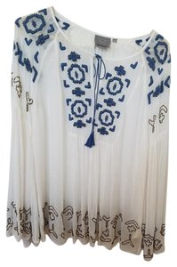 Anthropologie Embroidered Tassels Peasant Top ivory