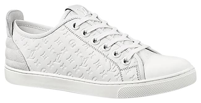 Item - White Punchy Sneakers Size US 8 Regular (M, B)