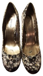 Nine West Floral Pumps