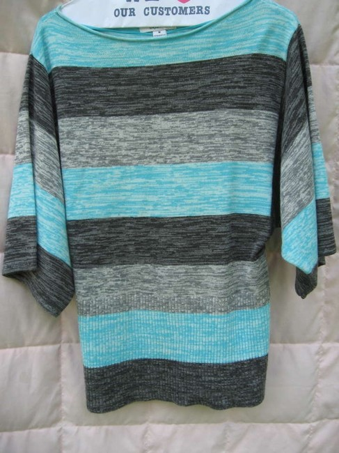 Preload https://img-static.tradesy.com/item/170308/style-and-co-teal-dark-and-light-gray-sweaterpullover-size-8-m-0-0-650-650.jpg