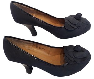 Cloudwalkers 10 Flower Wide Black Pumps
