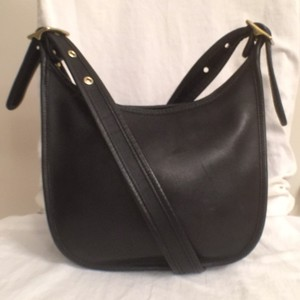 Coach Vintage Leather Hobo Messenger Cross Body Bag