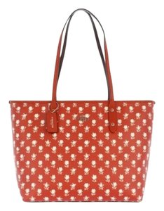 Coach Tote in Red/Badlands Print