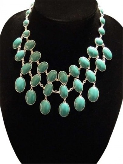 Preload https://item3.tradesy.com/images/banana-republic-turquoise-statement-piece-necklace-170342-0-0.jpg?width=440&height=440