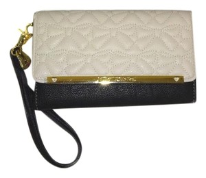 Betsey Johnson QUILTED BOWS / ENVELOPE CLOSURE/ BONE WALLET/
