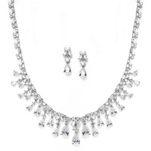 Hollywood Glamour Crystal Necklace & Earrings Set