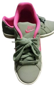 Nike Women Shoe Grey Athletic