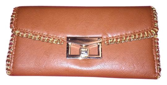 Mizique Brown Clutch