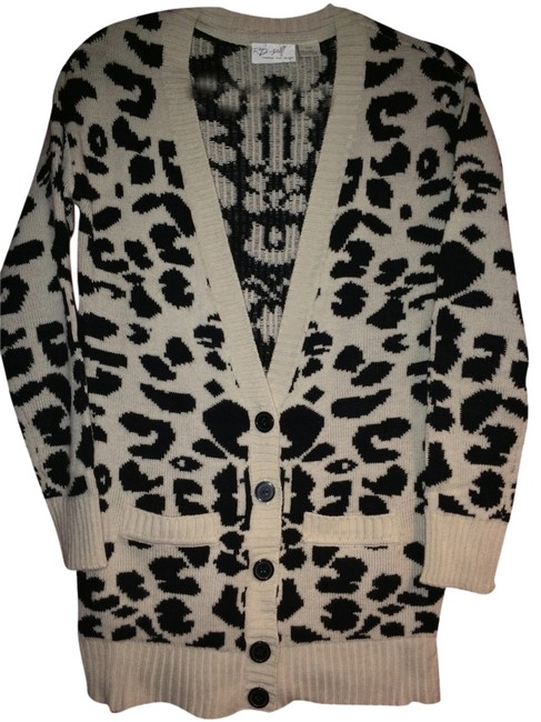 Research & Design Style Black And Cream Jacket