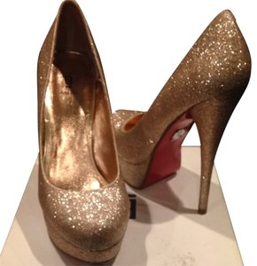 Bakers Gold Pumps