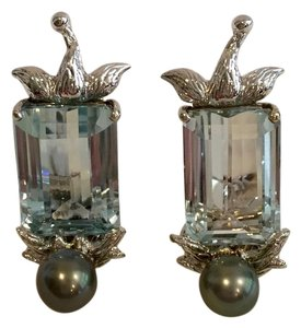 TONY DUQUETTE TONY DUQUETTE 60 CT. BLUE TOPAZ TAHITIAN PEARL EARRINGS 18K WHITE GOLD