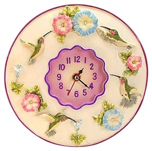 New Kitchen Clock with Hummingbirds Gardening, battery Operated, multi-color.
