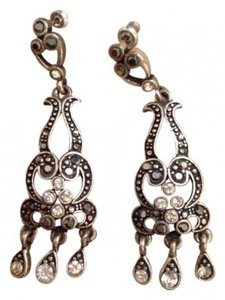 Style Chandelier earrings