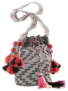 Shiraleah Kaia Bucketbag Boho Tassels Bead Shoulder Bag