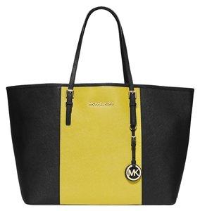 MICHAEL Michael Kors Tote in Colorblock