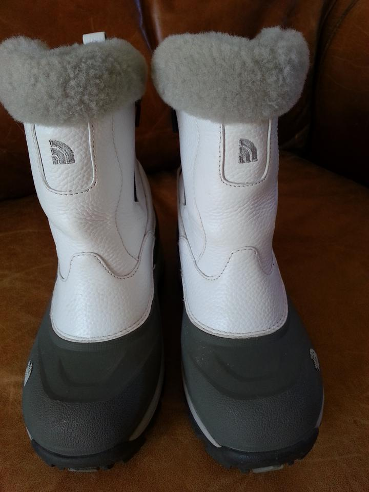 465d4fe30 The North Face White Greenland Zip Winter Grip Treads Insulated Shearling  Boots/Booties Size US 6.5 55% off retail