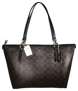 Coach Tote in BROWN/BLACK