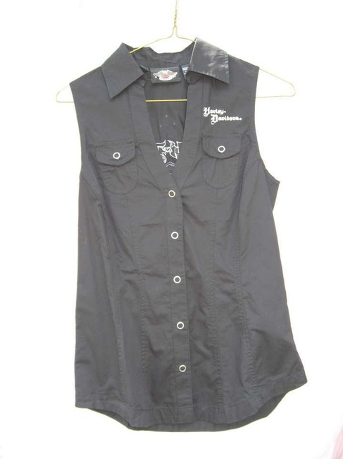 Preload https://item5.tradesy.com/images/harley-davidson-black-white-rhinestone-button-down-top-size-2-xs-170509-0-0.jpg?width=400&height=650