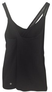 Lululemon Criss-cross Back mesh straps