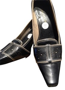 Cole Haan Black/beige Pumps