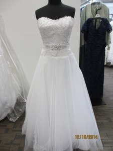 Demetrios Gr244 (156l) Wedding Dress