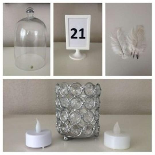 Preload https://img-static.tradesy.com/item/170551/white-flameless-tea-lights-votivecandle-0-0-540-540.jpg