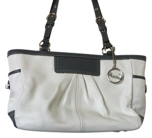 Coach Tote in White And Gray